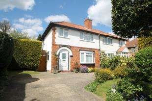 House for sale in Addington Road, South Croydon