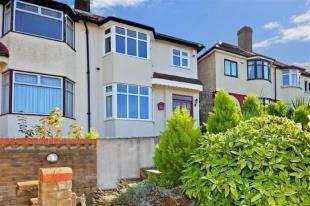 3 Bedrooms Semi Detached House for sale in Tivoli Gardens, Windmill Street, Gravesend, Kent