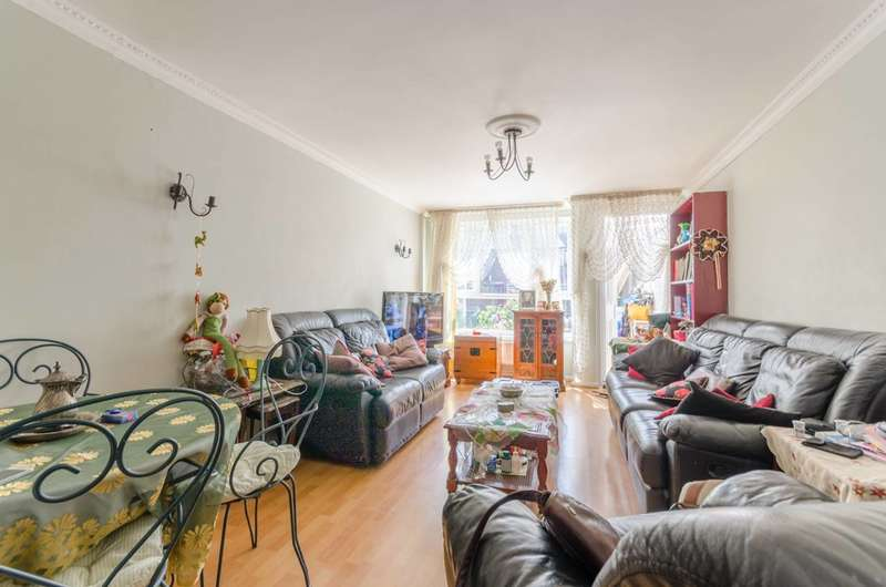 4 Bedrooms Terraced House for sale in Lawrence Place, Islington, N1