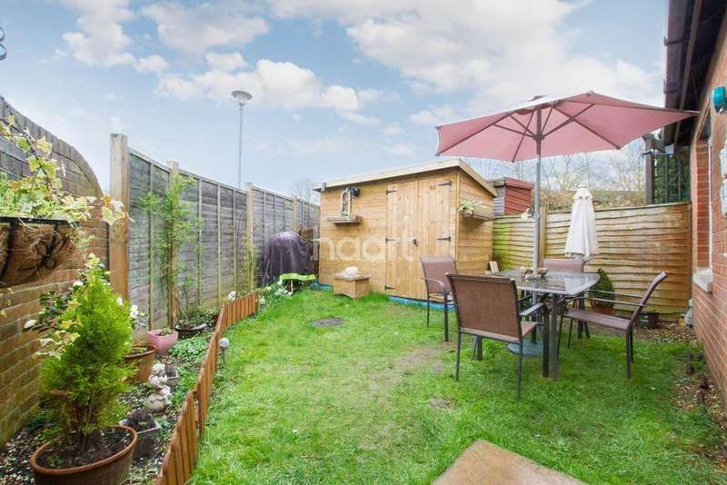 1 Bedroom Bungalow for sale in Sunningdale Mews