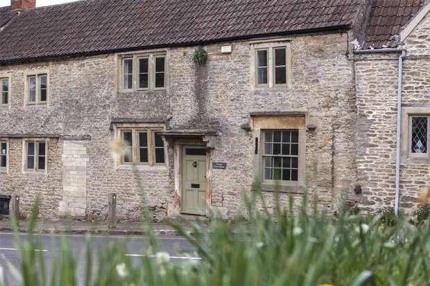 5 Bedrooms Terraced House for sale in Church Farm House, Church Street, Norton St Philip, Bath