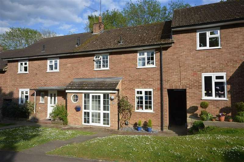 3 Bedrooms Terraced House for sale in Post Wood Road, Ware, Hertfordshire, SG12
