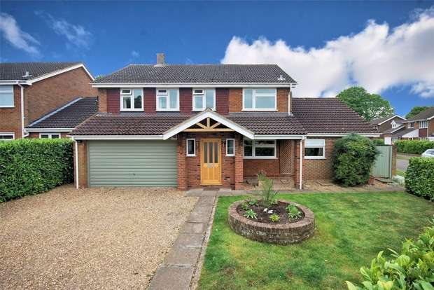 4 Bedrooms Detached House for sale in Mill Mead, Wendover, Buckinghamshire