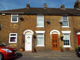 1 Bedroom Terraced House for sale in St. Marys Road, Faversham