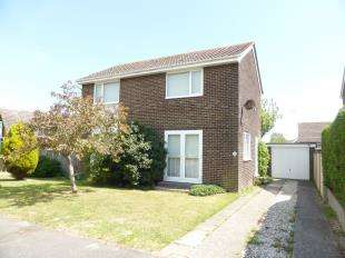 3 Bedrooms Detached House for sale in Cherry Gardens, Littlestone, New Romney