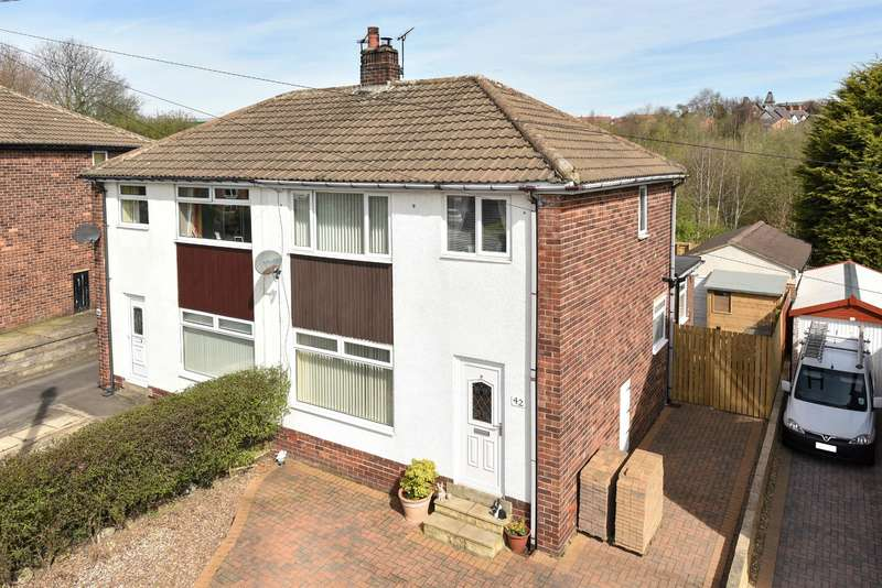 3 Bedrooms Semi Detached House for sale in Church Street, Yeadon, Leeds, LS19 7SB