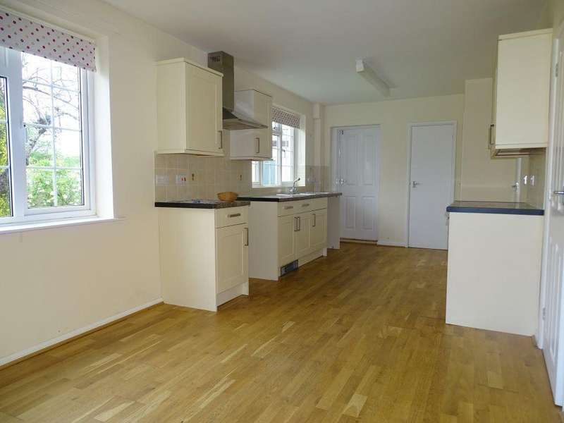 4 Bedrooms House for rent in Milliier Rd, North Somerset
