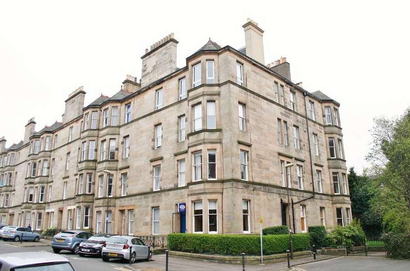 2 Bedrooms Flat for sale in 56 (2F3) Montpelier Park, Bruntsfield, Edinburgh EH10 4NH
