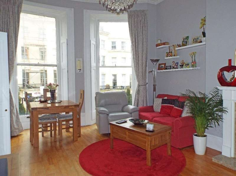 2 Bedrooms Flat for sale in Brunswick Place Hove East Sussex BN3