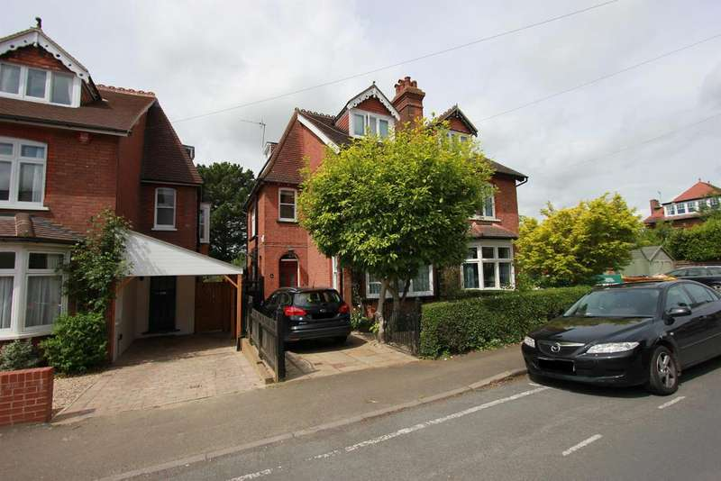 5 Bedrooms Semi Detached House for sale in Tennyson Road, Harpenden, Hertfordshire, AL5 4BD
