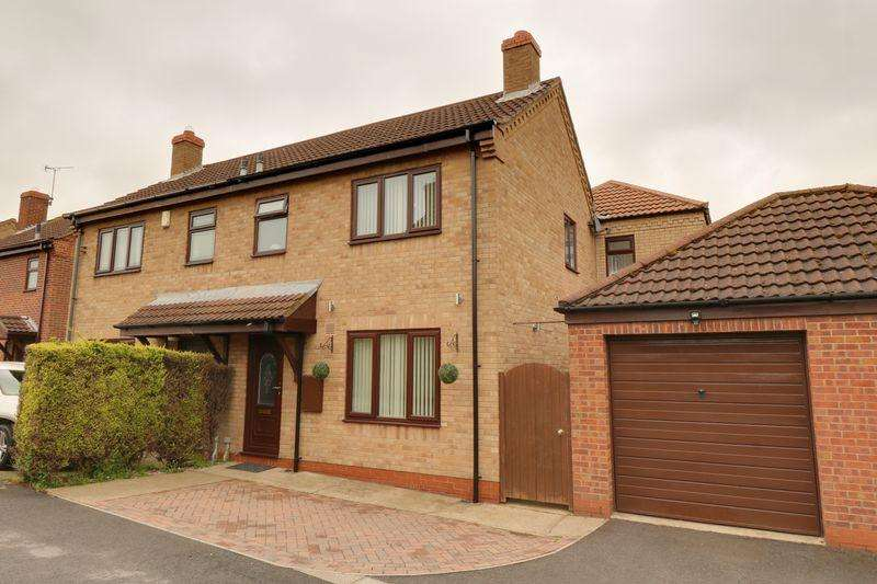 4 Bedrooms Semi Detached House for sale in Yarborough Crescent, Broughton