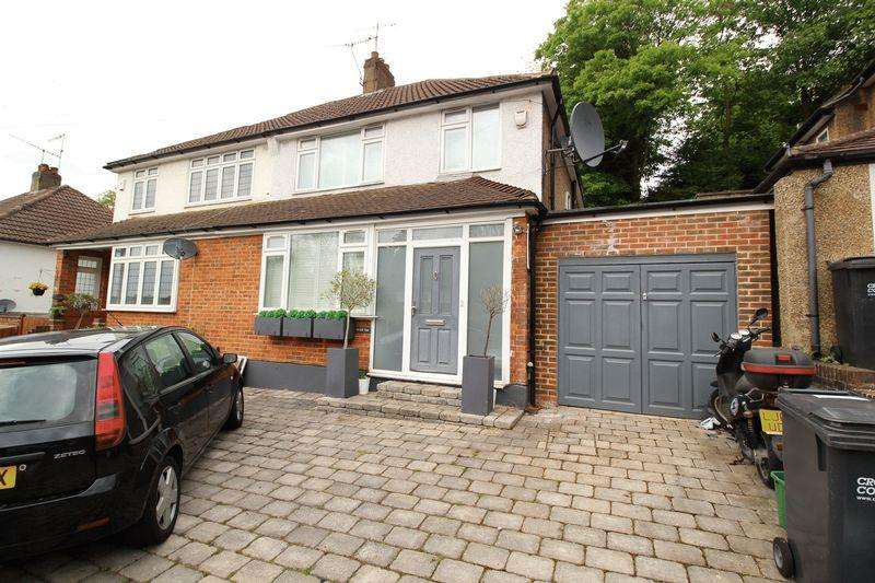 3 Bedrooms Semi Detached House for sale in OLD COULSDON