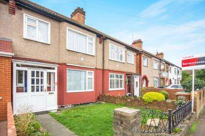 3 Bedrooms Terraced House for sale in Walton Road, Harrow