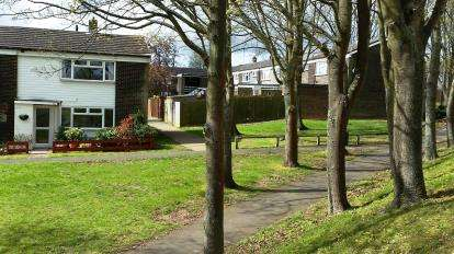 2 Bedrooms End Of Terrace House for sale in Lonsdale Road, Stevenage, Hertfordshire