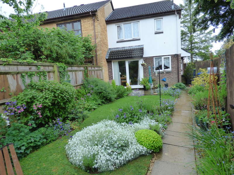 1 Bedroom Terraced House for sale in Sussex Drive, Banbury