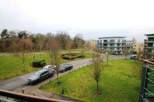 1 Bedroom Flat for sale in Redwing Crescent, Waterstone Way, Greenhithe, Kent