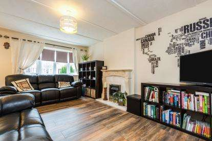 3 Bedrooms Semi Detached House for sale in Barnacre Close, Fulwood, Preston, Lancashire