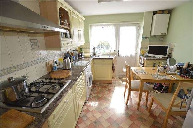3 Bedrooms Terraced House for sale in Plough Lane, St Leonards on Sea,TN37 7LH