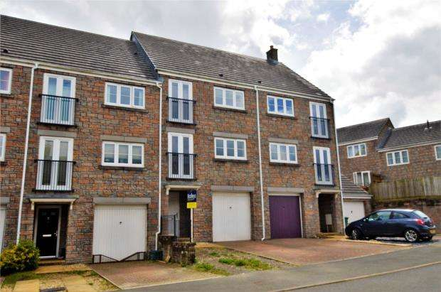 3 Bedrooms Terraced House for sale in Turpins Plot, Okehampton