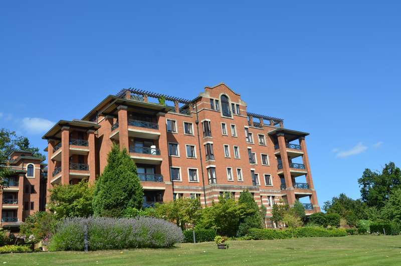 2 Bedrooms Flat for sale in Chasewood Park, Sudbury Hill, Harrow On The Hill, HA1 3YP