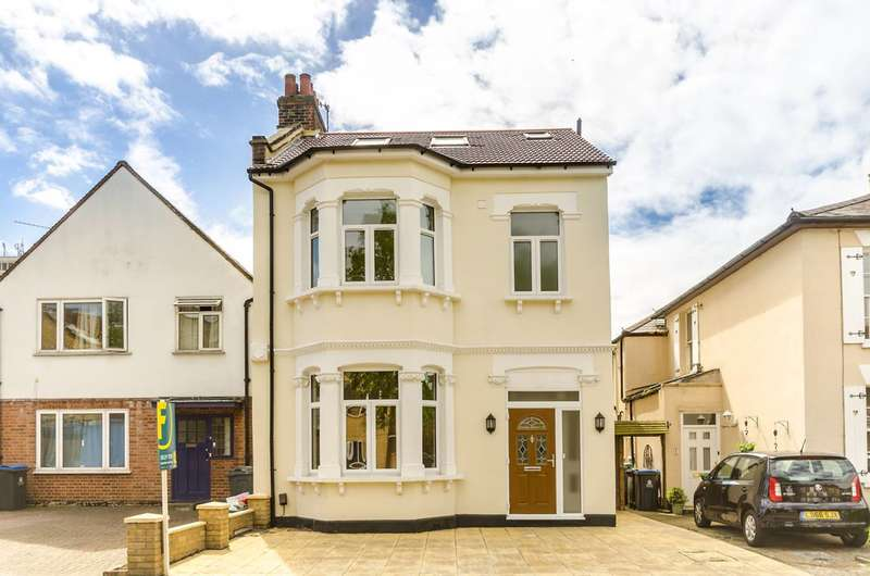 4 Bedrooms Detached House for sale in Acacia Grove, New Malden, KT3