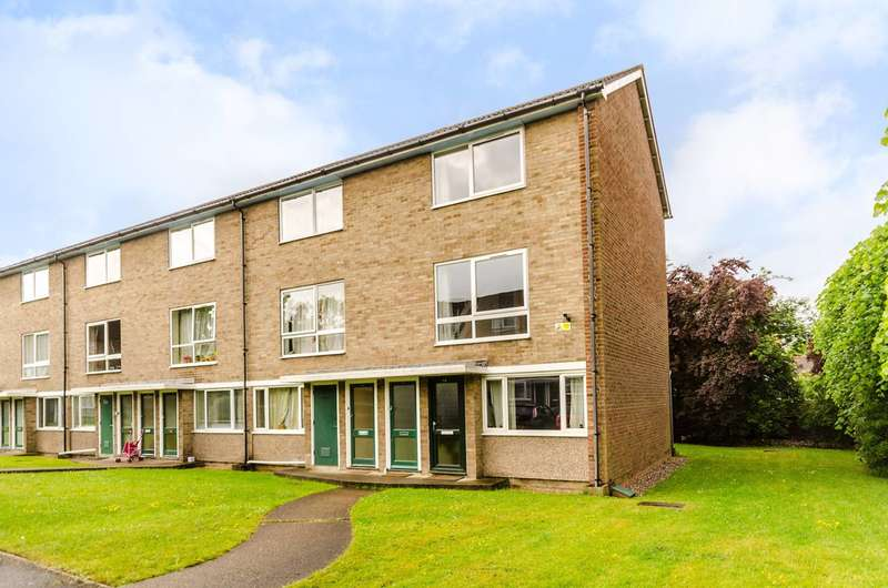 2 Bedrooms Maisonette Flat for sale in Park Road, New Malden, KT3