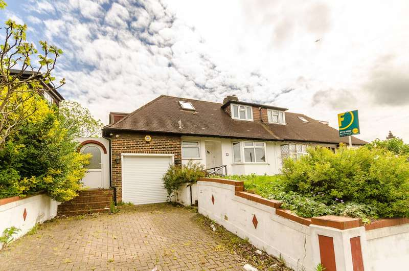3 Bedrooms Bungalow for sale in Downsview Road, Crystal Palace, SE19