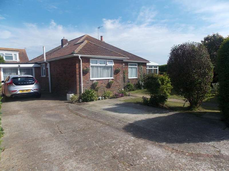 3 Bedrooms Detached Bungalow for sale in Bayview Road, Peacehaven, East Sussex