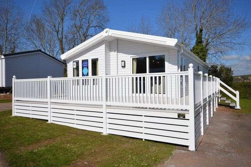 2 Bedrooms Park Home Mobile Home for sale in Dawlish Sands Holiday Park, Dawlish Warren