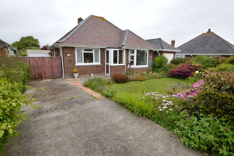 2 Bedrooms Detached House for sale in Seafield Road, Barton on Sea