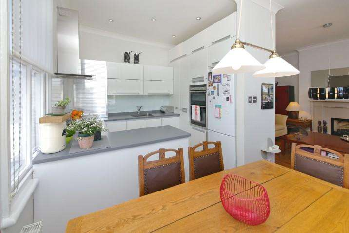 3 Bedrooms Apartment Flat for sale in Bloomfield Road N6