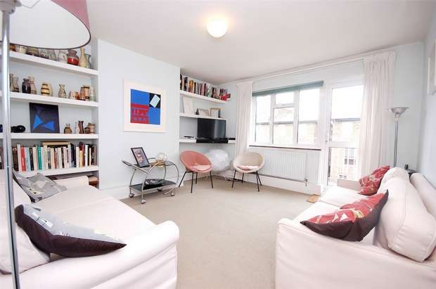 3 Bedrooms Flat for sale in Chichester House, Chichester Road, Kilburn, London