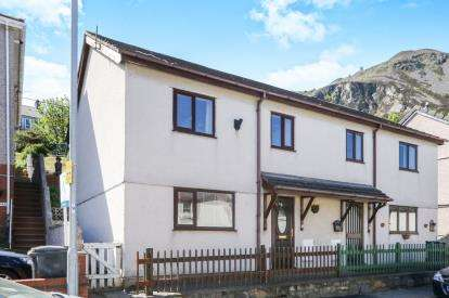 2 Bedrooms Semi Detached House for sale in High Street, Penmaenmawr, Conwy, LL34