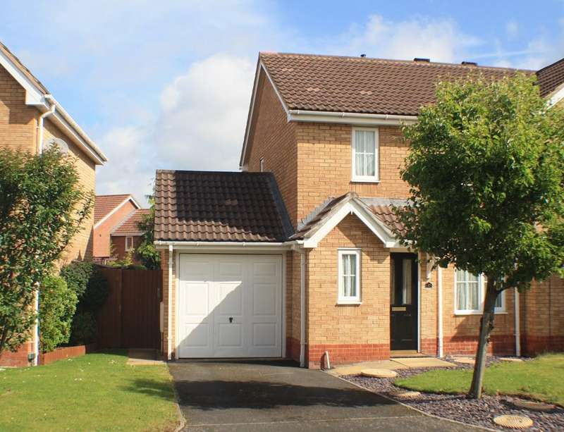 3 Bedrooms Semi Detached House for sale in Wenlock Close, Belmont, Hereford, HR2