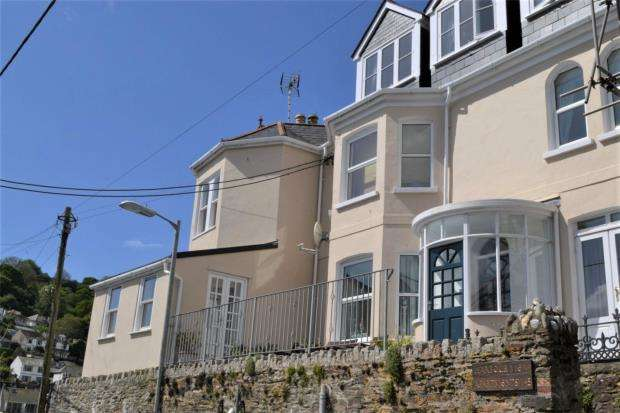1 Bedroom Flat for sale in Harbour View, North Road, Looe, Cornwall