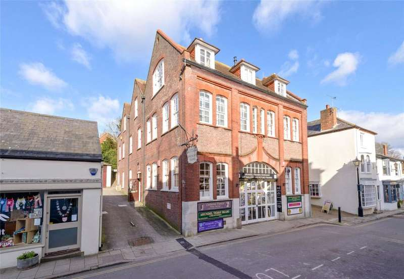 2 Bedrooms Maisonette Flat for sale in Old Printing House Square, Tarrant Street, Arundel, West Sussex, BN18