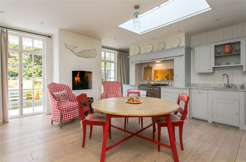 4 Bedrooms Semi Detached House for sale in Kingsmead Road, London, SW2