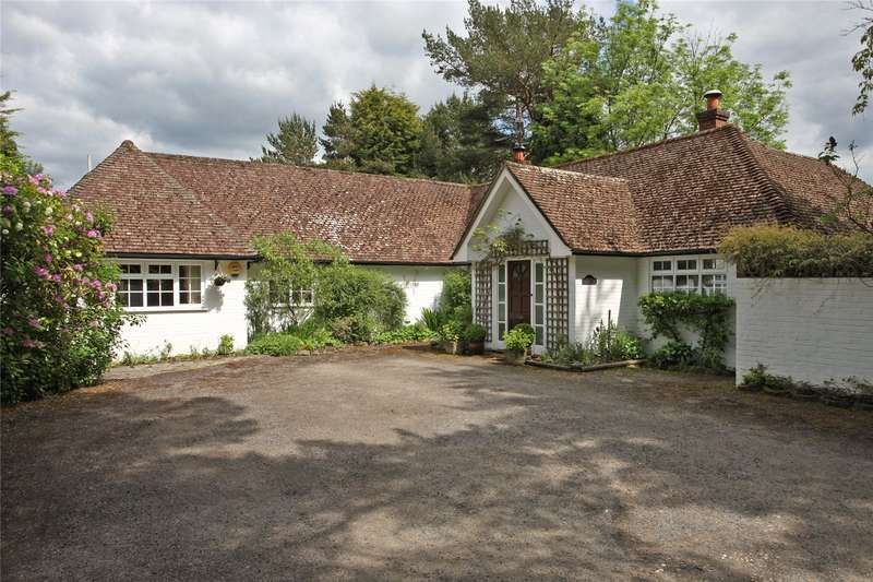 4 Bedrooms Detached Bungalow for sale in Old Park Lane, Farnham, Surrey, GU10