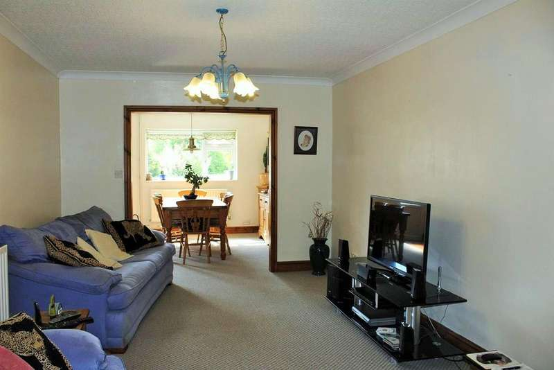 3 Bedrooms Semi Detached House for sale in Heol Cae Gurwen, Gwaun Cae Gurwen, Ammanford