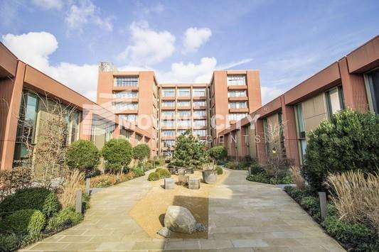 Apartment Flat for sale in Tapestry, kings Cross, London N1C