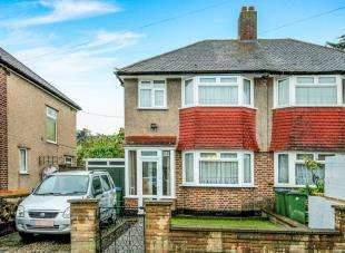 3 Bedrooms End Of Terrace House for sale in Brookdene Road, Plumstead, London, Uk