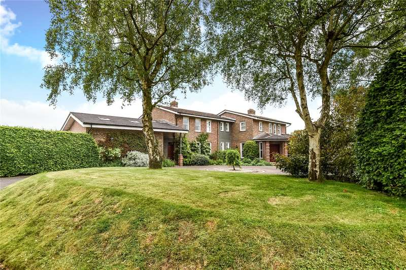 6 Bedrooms Detached House for sale in Nepcote, Findon