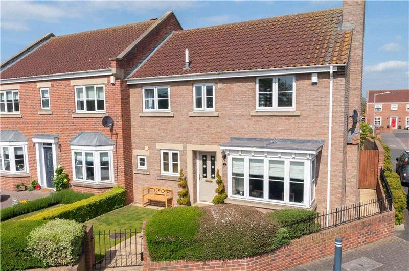 3 Bedrooms Semi Detached House for sale in Clarkes Croft, Dishforth, Thirsk, North Yorkshire
