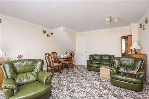3 Bedrooms Terraced House for sale in Arborfield Close, London, SW2