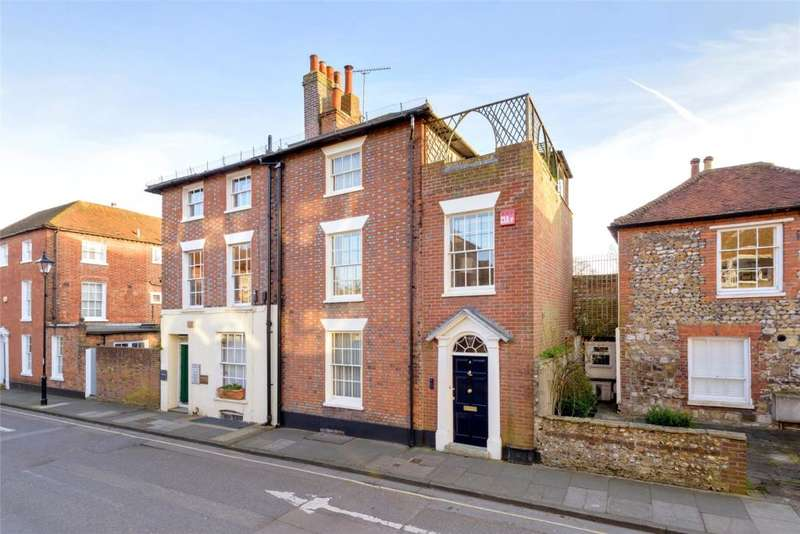 3 Bedrooms House for sale in New Town, Chichester, West Sussex, PO19