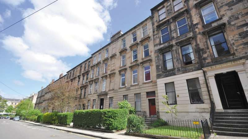 3 Bedrooms Flat for rent in Hillhead, Glasgow