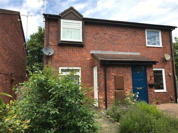 2 Bedrooms Semi Detached House for sale in Denver Close, Topsham