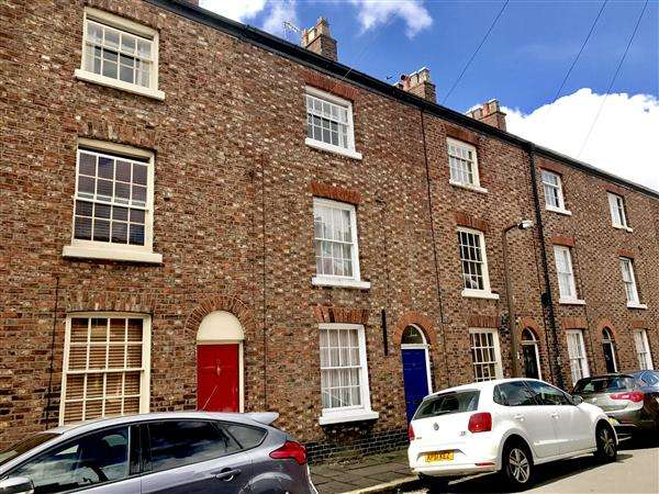 3 Bedrooms Terraced House for sale in St. Georges Street, Macclesfield