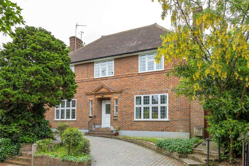 4 Bedrooms Detached House for sale in St. Andrew's Close, Woodside Park, London, N12