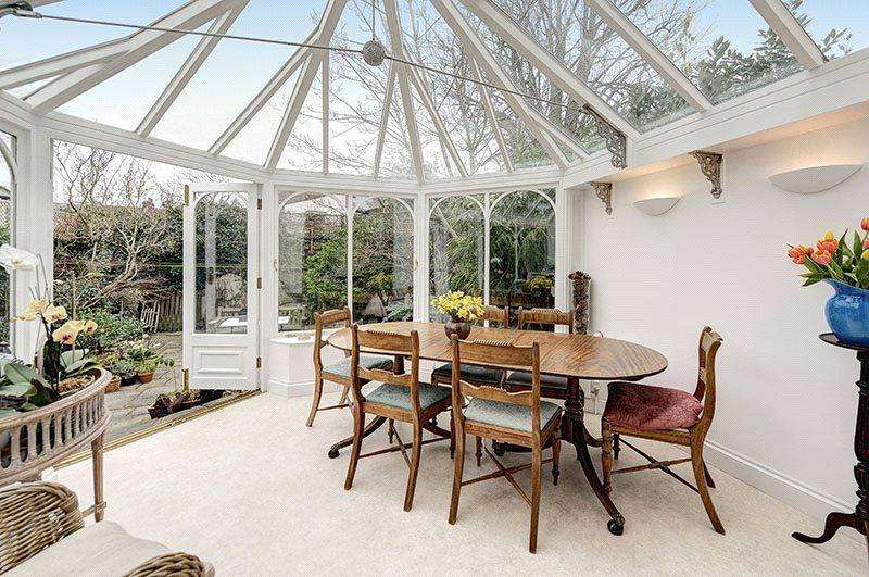 4 Bedrooms Terraced House for sale in Lynton Road, Queen's Park, London, NW6